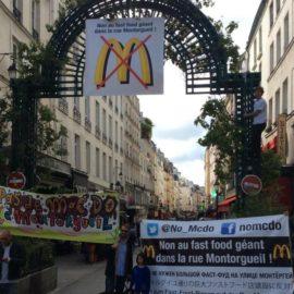 Paris Montorgueil sokağı Anti-Mac Do.